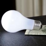 Media alarmują: oszczędzajmy prąd